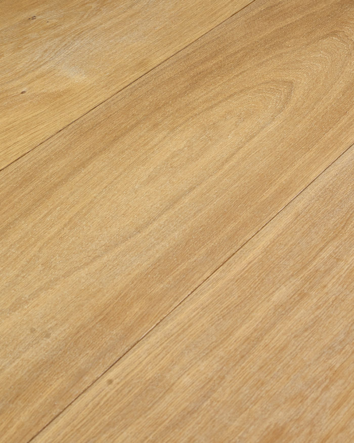 Oak wide plank engineered brushed white oiled Cotton White