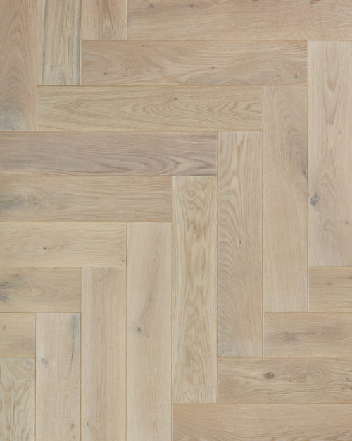 Oak herringbone parquet plank brushed and oiled Monte Bianco