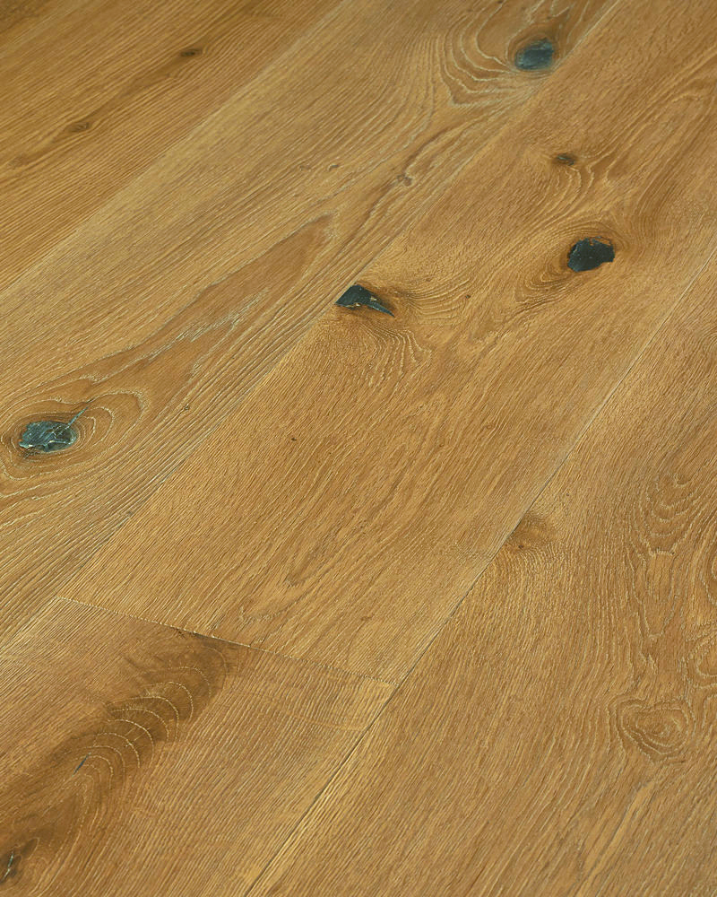 Oak super wide plank solid brushed white oiled Pan Blanco